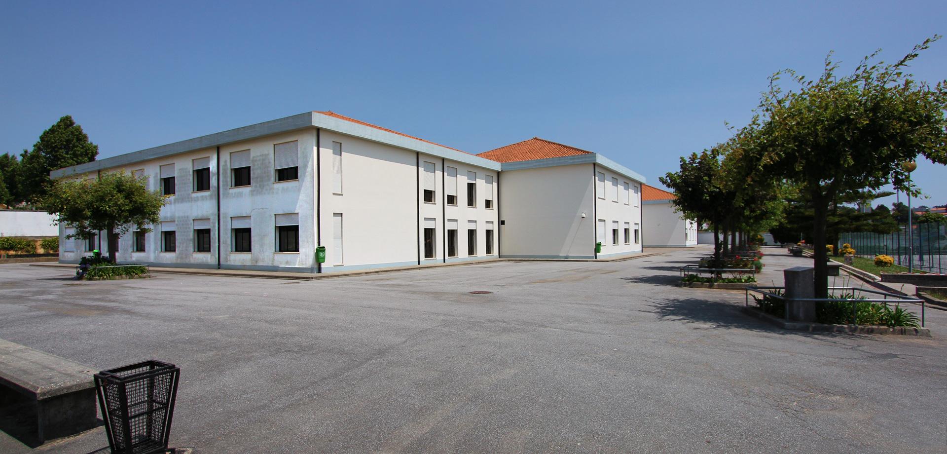 Escola Básica Júlio Dinis – Grijó